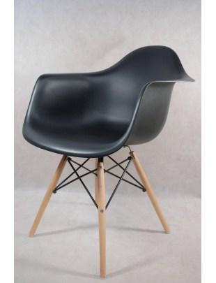 Krzesło P018W PP czarne, drewniane nogi Outlet