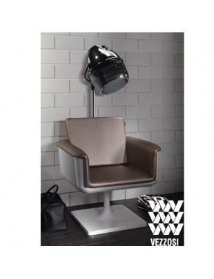 Fotel APP z uchwytem na suszarkę