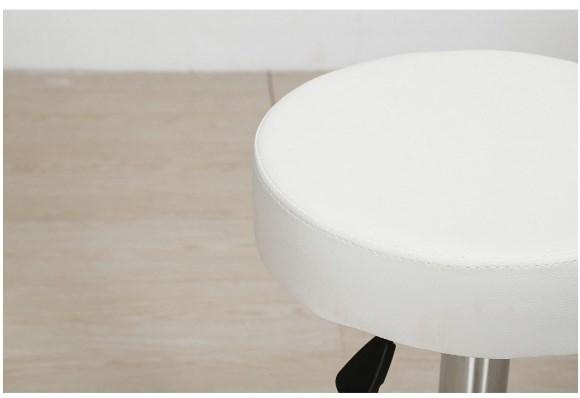 okrągły biały taboret kosmetyczny