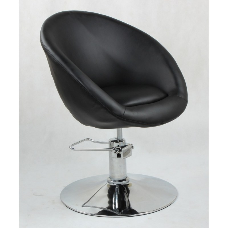 czarny klasyczny fotel fryzjerski na pompie hydraulicznej